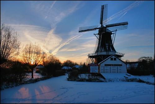 groningslandschap landscape landschap tenboer woltersum winter20102011 mills molens sunset zonsondergang 100 500 1000 panoramio501850444565297 winter