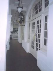 raffles hotel - longbar