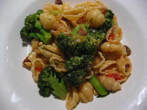 Gnocchi No. 85 with broccoli, anchovy and tomato