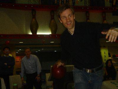Johan the happy bowler