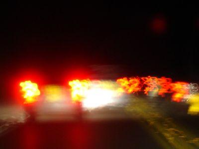 Autos incendiándose a 140 kms por hora