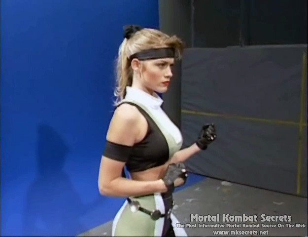 Kerri Hoskins as Sonya 2