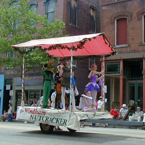 Nutcracker Parade Float: Boom-box Parade, Willimantic