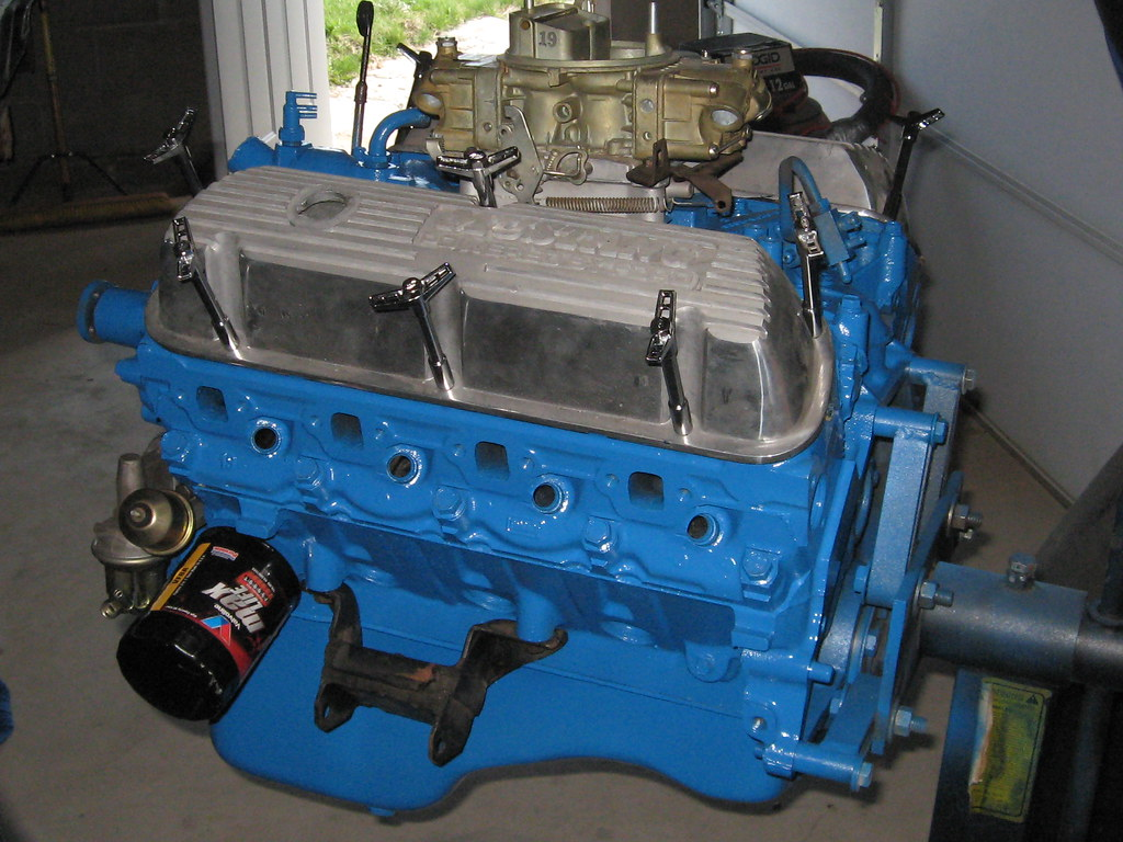 351 Windsor w/ Holley 650 Double Pumper Carb   a69mustang4me