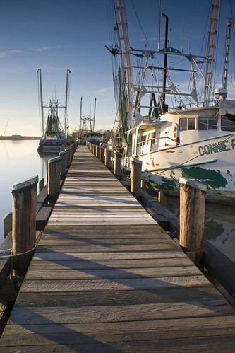 morning sunlight net ice sunrise boats la pier dock louisiana frost shadows ben south shrimp pierce connie shrimping dockside shrimpers delcmabre