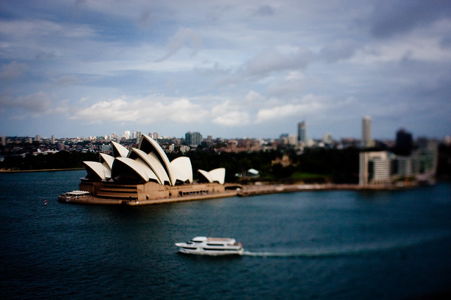 Sydney: Little opera house