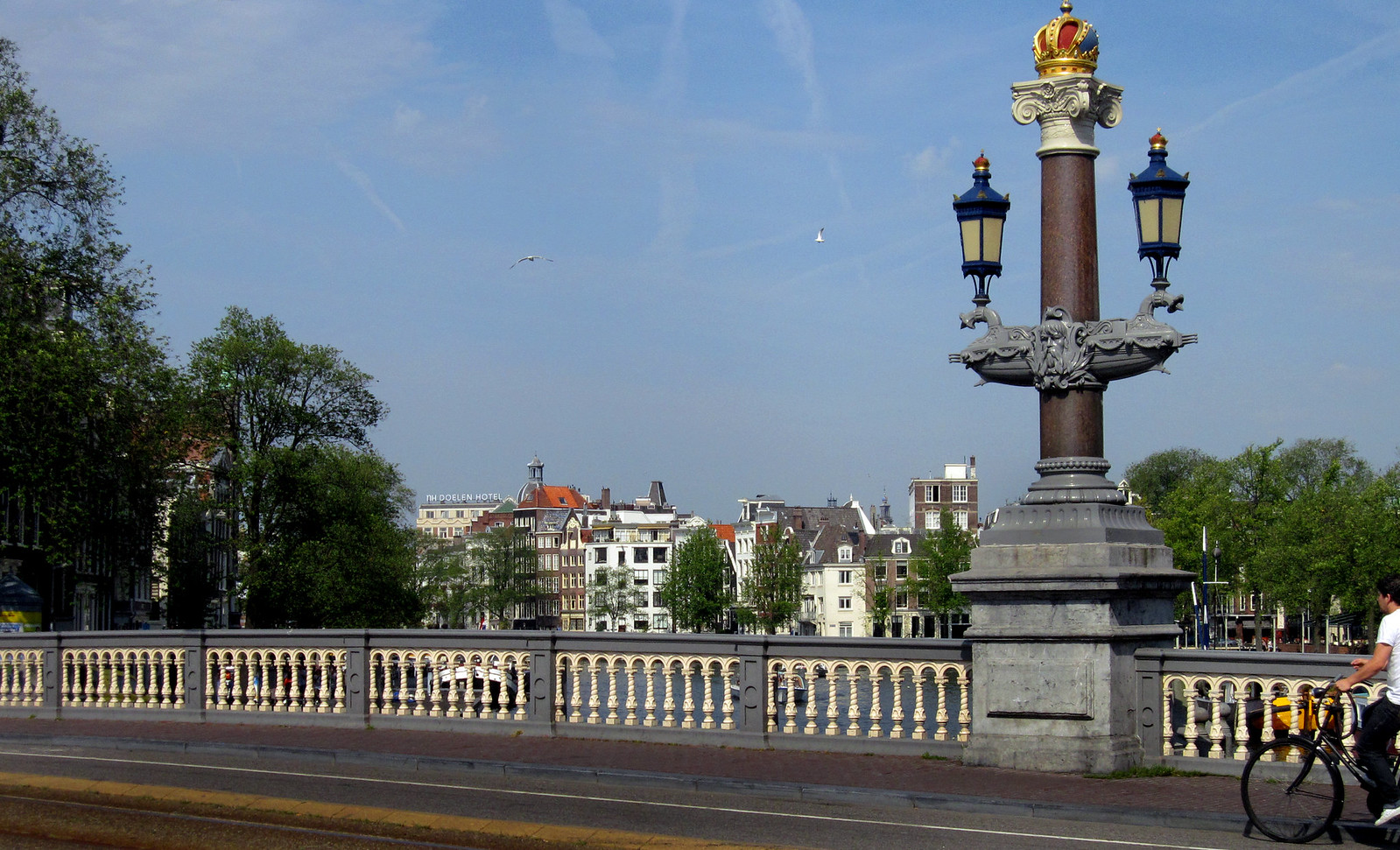 Amsterdam 497