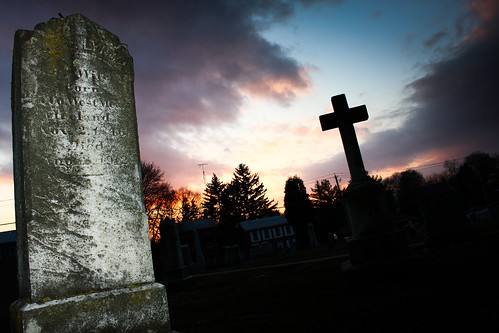sunset westminster grave graveyard canon md cross flash maryland crucifix 580ex 40d 580exii