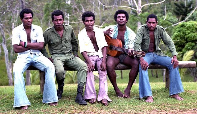 1977 PAPUANS