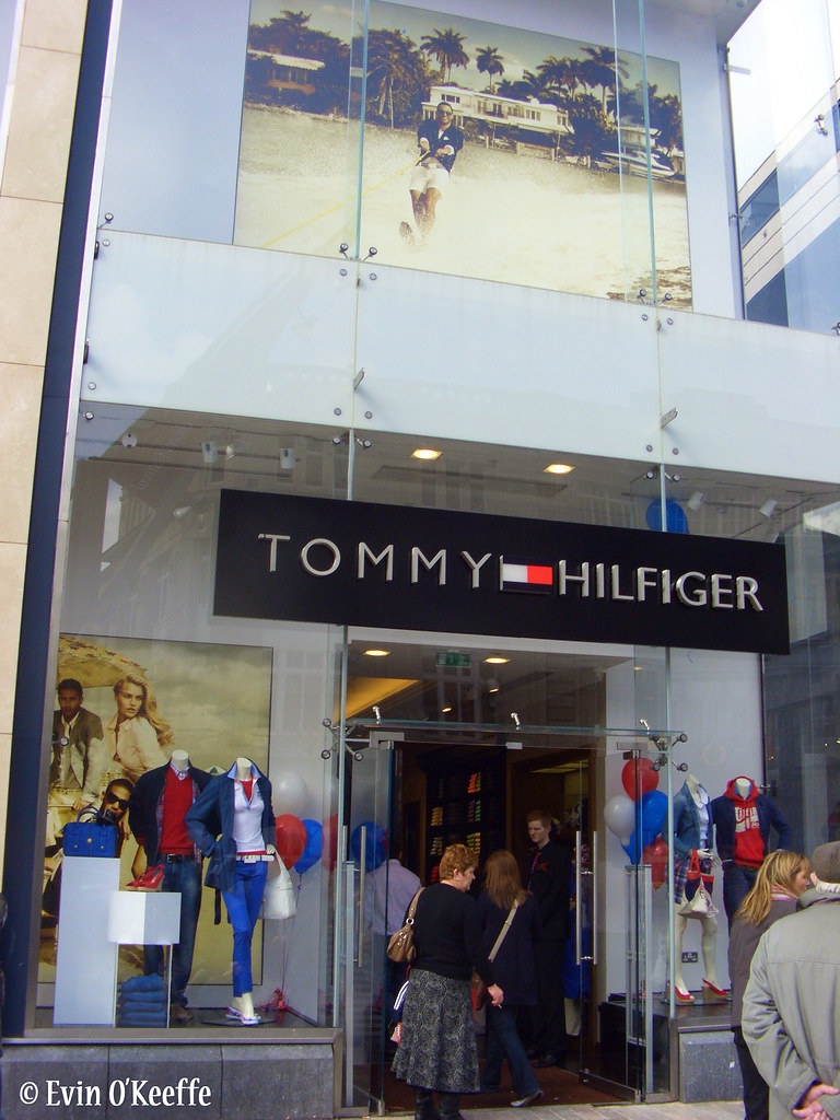 rubacchiare personale striscia  Grand Opening - Tommy Hilfiger Opera Lane | Related blog pos… | Flickr