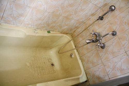 [India] Royal Residencyホテルの風呂 | by kimama_labo