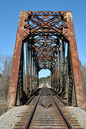 railroad travel bridge color colour river mississippi geotagged photo nikon louisiana border photograph jpg jpeg pearlriver worldbridges flickrivercom flickrhivemind taggalaxy nikond3000