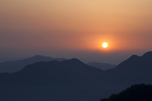 travel nepal people mountain color colour colors sunrise living kathmandu mountainrange kathmanduvalley bandipur 尼泊爾 加德滿都 人文攝影 neverendpeaceandlove