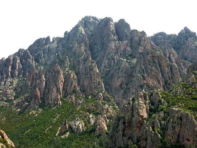 Montée vers l'aiguille 761 (Punta Russa) en 2010 : Punta di Monte Sordu