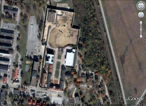 prison kansas walls fortleavenworth disciplinarybarracks
