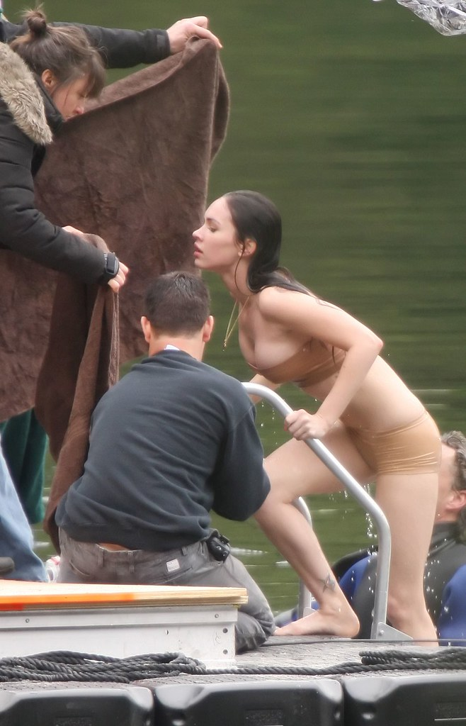 exclusive: megan fox gets naked on jennifers body in bc (u