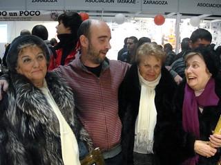 Kalitos, su madre, su tía y una amiga