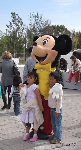 Con Mickey