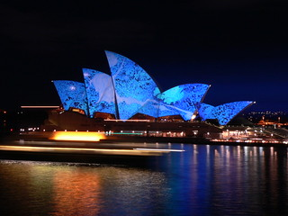 sydney opera house blue and manly ferry on the move