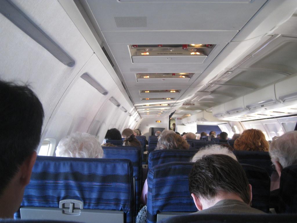 757 200 Delta Airplane Interior View Forward No 3693 Flickr