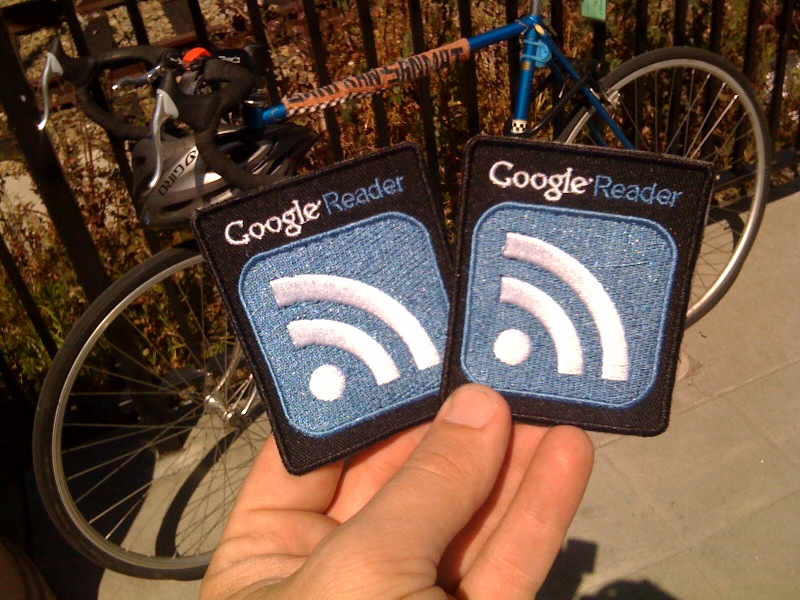 "New achievement unlocked: ""Acquire @googlereader badges"""