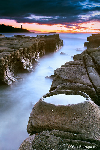 ocean longexposure morning sea lighthouse seascape clouds sunrise landscape rocks waves australia crater centralcoast norahhead supershot soldiersbeach abigfave