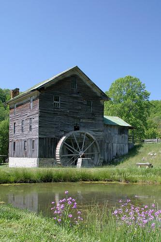 virginia washingtoncounty mills whitesmill nrhp weatheredwood waterwheels stonework may2007 may 2007