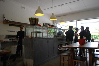 Queue Servery And Spoon A Bright And Cheery Cafe That