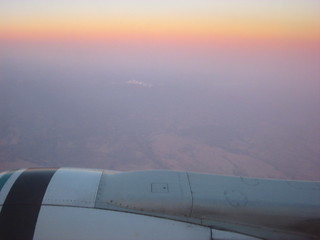 Boeing 737, Mmmmm skyglow above us...