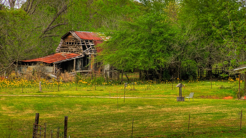 abandoned barn geotagged spring texas rustic 7d hdr troup canonef28135mmf3556isusm photomatix tonemapped 2ev tthdr canoneos7d ©ianaberle geo:lat=32173861 geo:lon=95196043