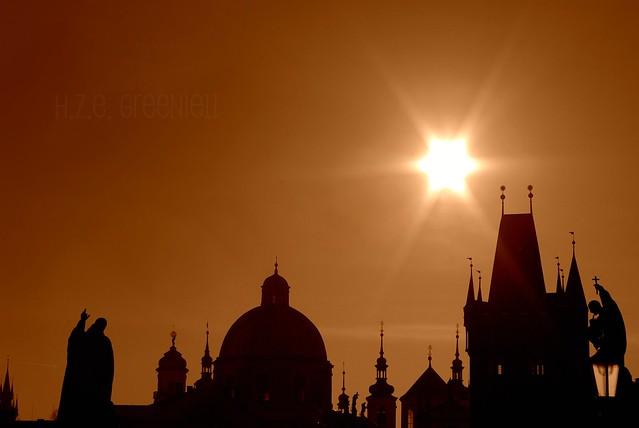 Praha je Láska