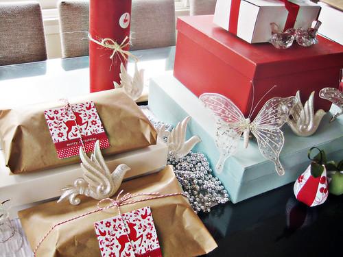 Christmas decorating at ish and chi | by ishandchi