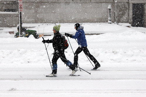 2010 02 06 - 1091 - Washington DC - Skiers on Pennsylvania Ave | by thisisbossi