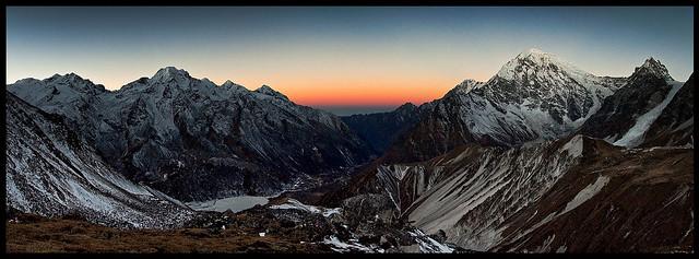 dawn on tsergo ri