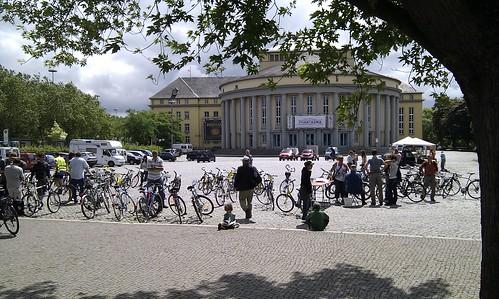 20100612_-_Mobile_City_Walk_Saarbruecken_018_-_Theater_und_Fahrradboerse_Tbilisser_Platz_1