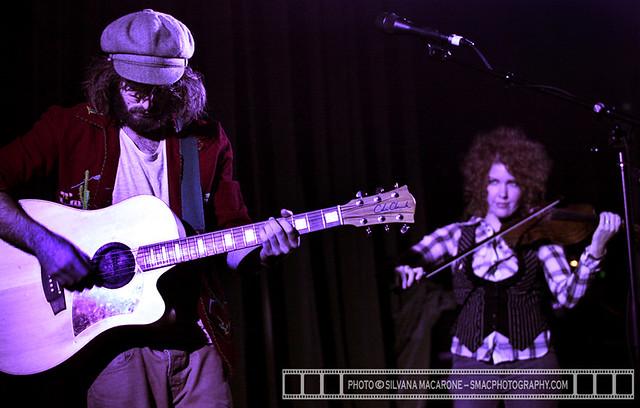 Angus&JuliaStone-24thSept10@Tivoli-4