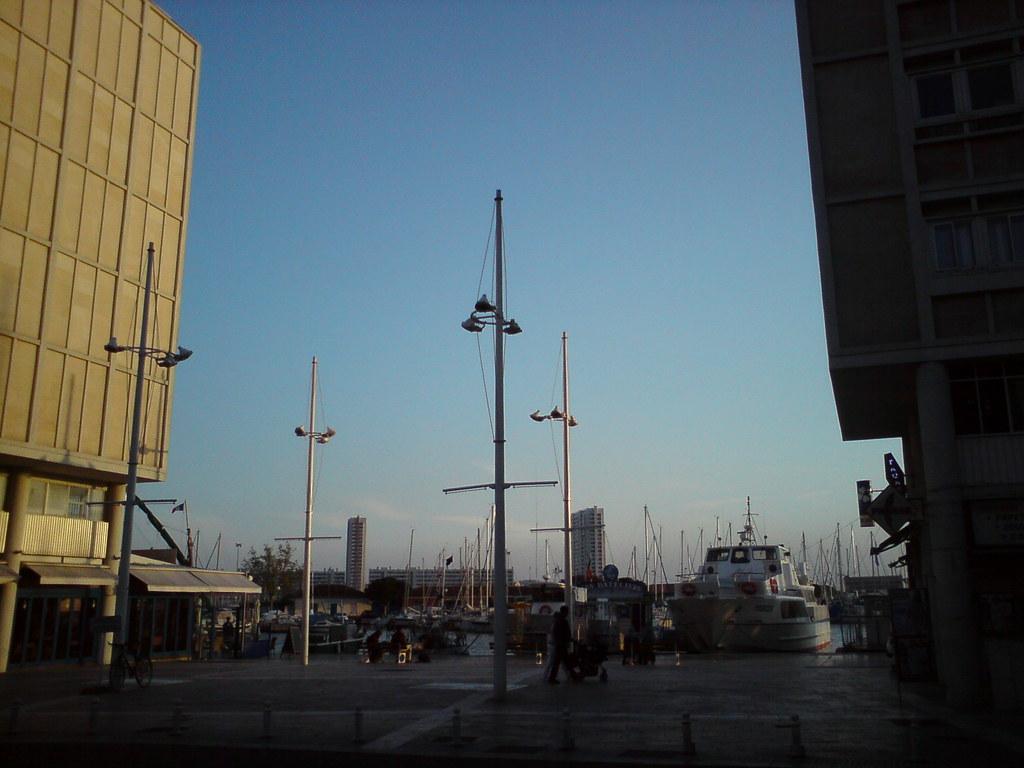 Rencontre Sans Lendemain Sur Toulon