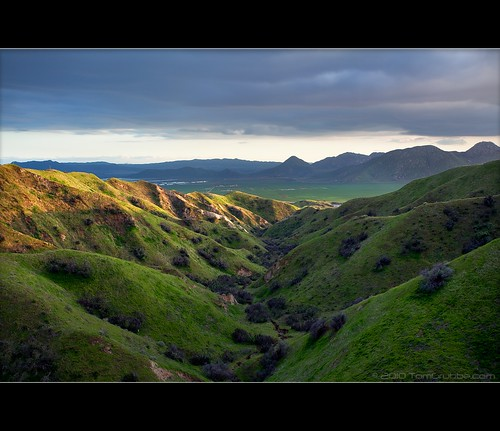 longexposure mountains grass landscape countryside spring farm scenic hills valley hoya morenovalley ndx400 nortonyounglovereserve tomgrubbe tomgrubbecom