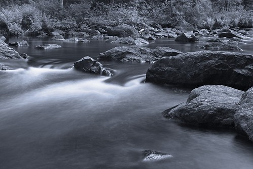 blackandwhite canada nature water river nikon rocks quebec d700 michaelandrassi mikeya mmmikey2007 doncasterriver
