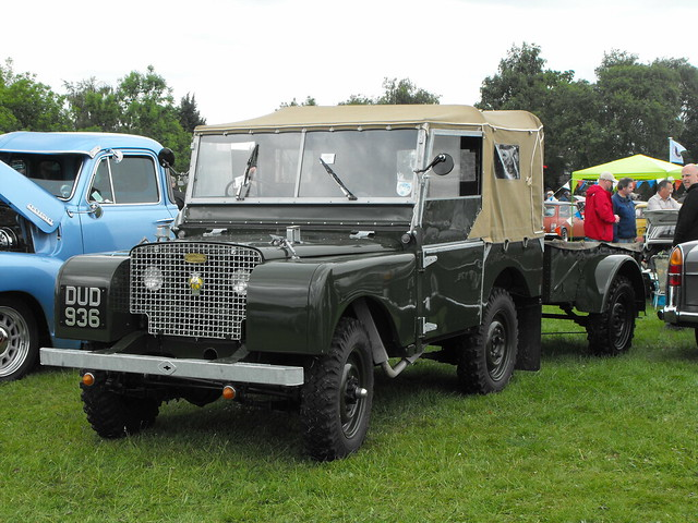 Land Rover - DUD 936