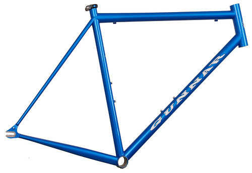 "<p>The Street Dog - the original road fixie.  <a href=""http://gunnarbikes.com"" rel=""nofollow"">gunnarbikes.com</a></p>"