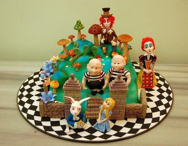 alice in wonderland cake 2009