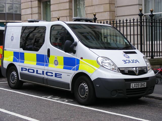 Police: Vauxhall LX09BHO British Transport Police