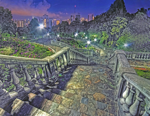 A Spooky Rendezvous @ Terrace Garden with Reggie – Telok Blangah Hill, Singapore | by williamcho