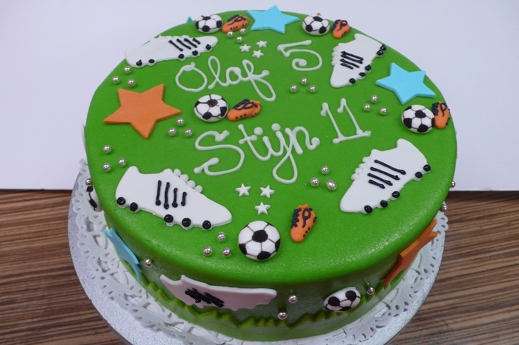 Enjoyable Soccer Fan Kids Birthday Cake Zoe Elizabeth Gottehrer Flickr Personalised Birthday Cards Beptaeletsinfo