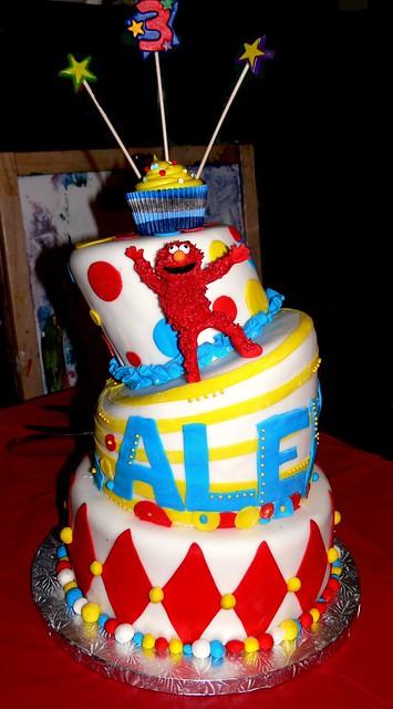 Tipsy Elmo birthday Cake