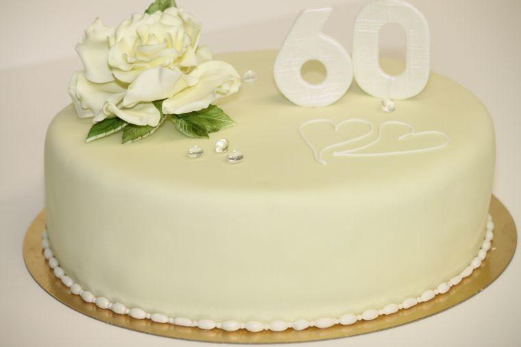 Torte Zur Diamantenen Hochzeit Www Suess Und Salzig De Seh Flickr