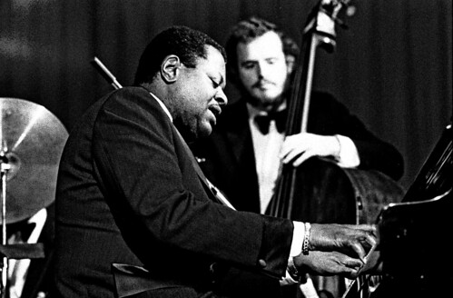 Oscar Peterson 0311710002 | by Heinrich Klaffs
