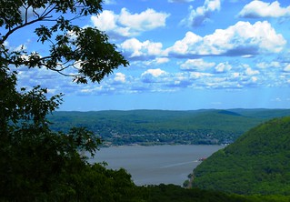 Hudson river   by sph001