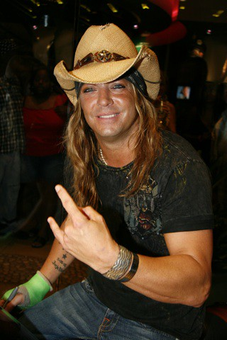 Bret Michaels Get Free Celebrity Wallpapers At Iphonevilla